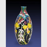 Moorcroft Australian Garden vase | Period: Contemporary | Make: Moorcroft | Material: Pottery | Moorcroft Australian Garden vase 9/12