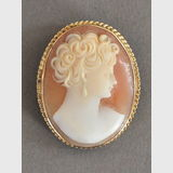 Cameo Brooch | Period: c1950s | Make: Rodd | Material: Shell cameo and 9ct gold.