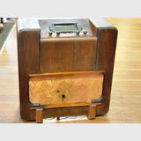 Floor Radio | Period: c1930s | Make: Music Makers Radio Co, Brisbane, Mendelssohn | Material: Walnut veneer