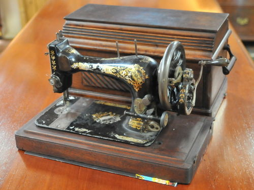 Hand Sewing Machine | Period: 1896 | Make: Singer | Material: Walnut Case