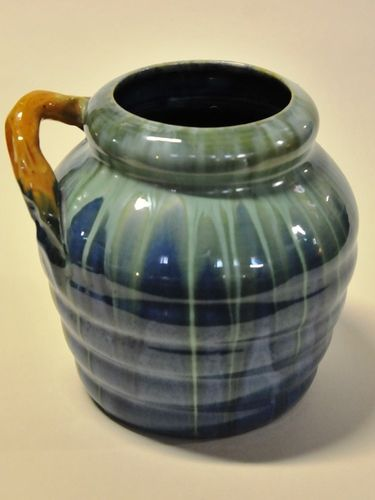 Remued Vase | Period: 1933-56 | Make: Remued (Preston Premier Pottery) | Material: Pottery