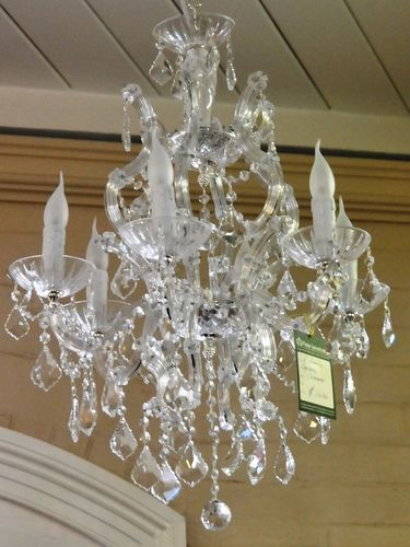6 Branch Chandelier | Material: Crystal