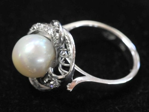 White Gold, Pearl & Diamond Ring | Period: c1920s | Make: Handmade | Material: 18ct white gold, pearl and diamond