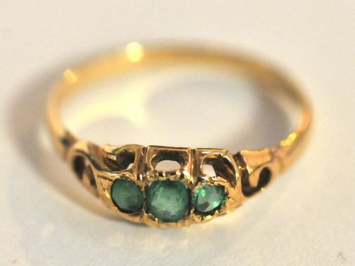 Emerald Ring | Period: c1920 | Make: Handmade | Material: 18ct Gold & Emeralds