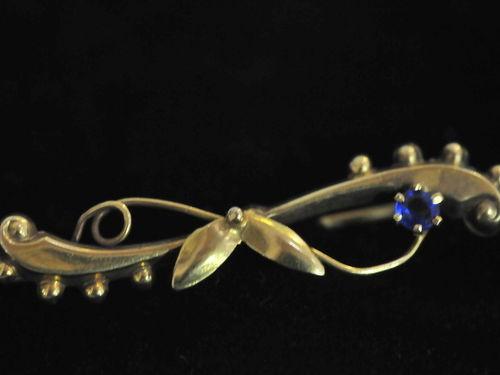 Gold & Sapphire Brooch | Period: 1925 | Make: Handmade | Material: 9ct gold & sapphire