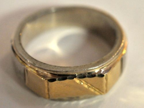 Silver & Gold Ring | Period: c1970s | Make: Handmade | Material: Sterling silver & 9ct gold.