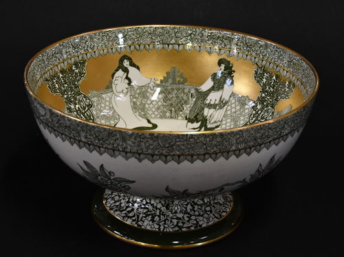 Royal Doulton Punch Bowl   Period: Edwardian 1910   Make: Doulton Burslem   Material: Porcelain