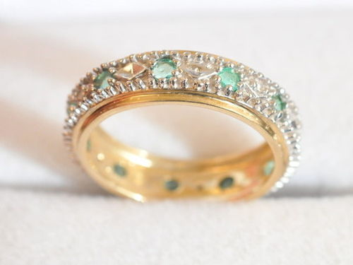 Emerald & Diamond Ring | Period: c1980 | Material: 9ct gold, emerald and diamond