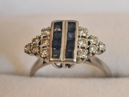 Sapphire & Diamond Ring | Period: c1950 | Material: 18ct gold, sapphire and diamond