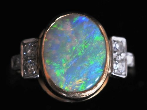 Opal & Diamond Ring | Period: c1950 | Material: 18ct gold, opal & diamond