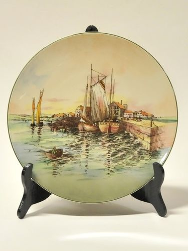 Royal Doulton Charger | Period: c1930 | Make: Royal Doulton | Material: Porcelain