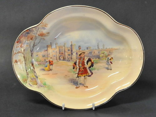 Hampton Court Bowl | Period: 1938 | Make: Royal Doulton | Material: Porcelain