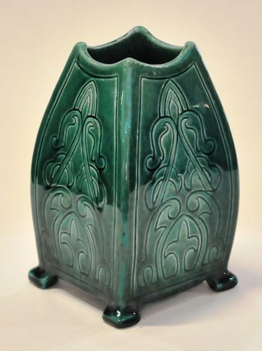 Harvey School Scraffito Vase | Period: 1923 | Make: Sarah Bott | Material: Glazed Pottery