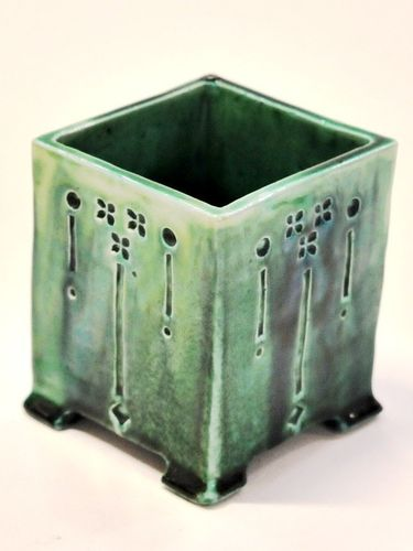 Harvey School Vase | Period: 1921 | Make: CB Harvey School | Material: Glazed Pottery
