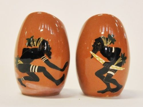 Martin Boyd Salt & Pepper | Period: 1946- 63 | Make: Martin Boyd | Material: Earthenware