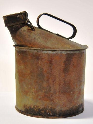Oil Can | Period: c1950s | Make: QR - Queensland Rail | Material: Tin Plate