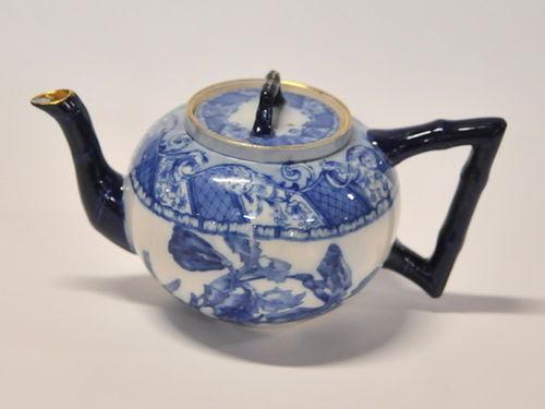 Doulton Burslem Teapot | Period: c1930s | Make: Royal Doulton | Material: Porcelain