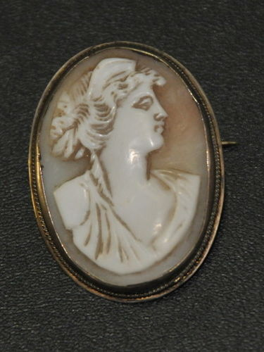 Cameo Brooch | Period: c1930 | Material: Silver & Shell